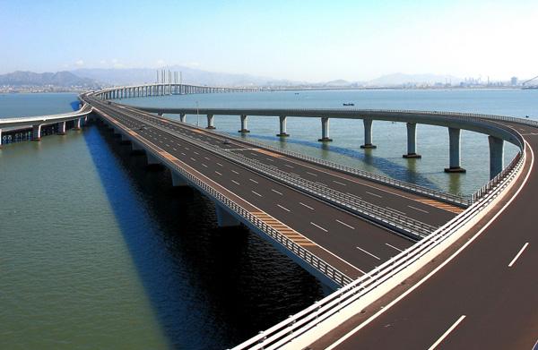 青岛海湾大桥土建
